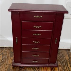 Jewelry box/organizer